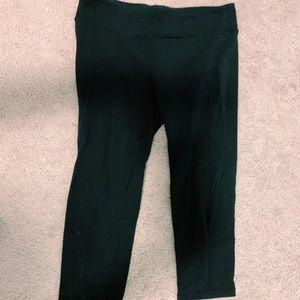 Cropped Black Ivivva Leggings!